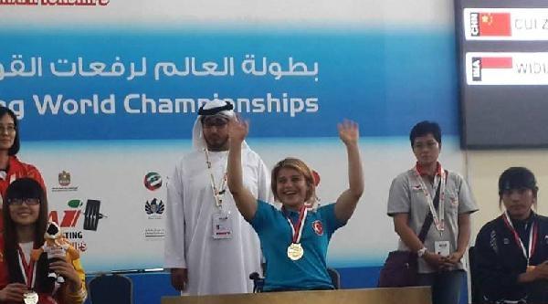 Bedensel Engelli Halterci Nazmiye Muslu 103 Kilo Ile Dünya Rekoru Kırdı Ve Altın Madalya Kazandı