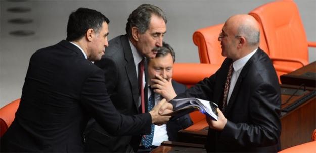Beklemedikleri sonuç: AK Parti 8 CHP 2...