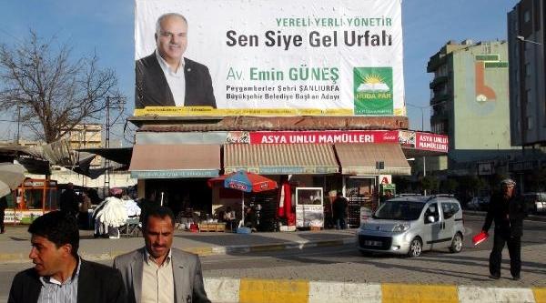 Belediye Başkan Adayindan Şiveli Afiş