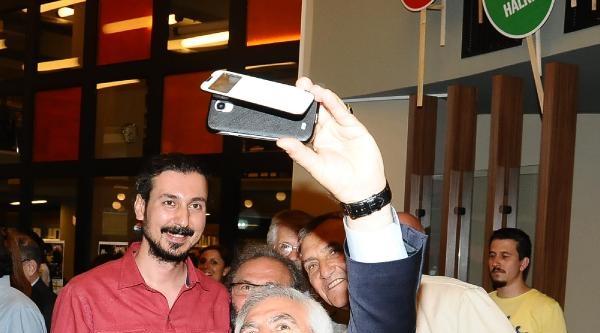 Belediye Başkanı Chp'li Bozbey'den Selfie