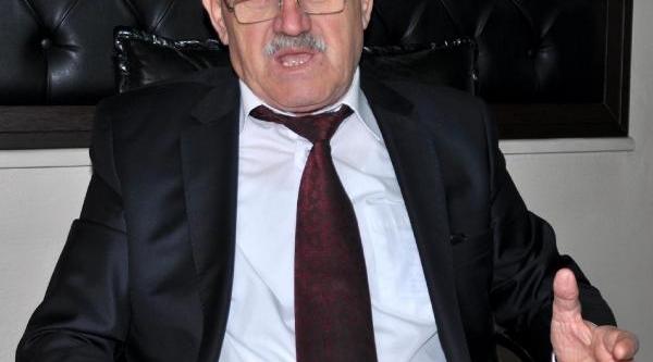Belediye Başkaninin Makam Aracina Haciz Konuldu
