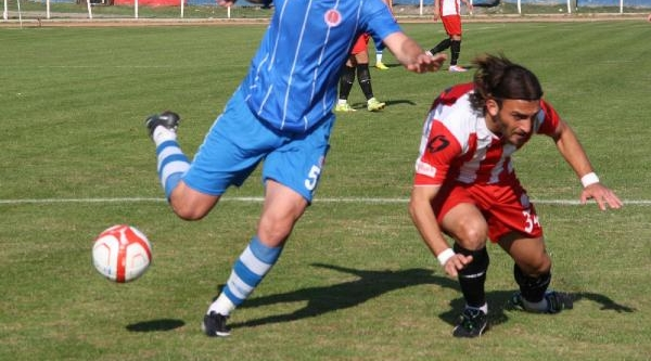 Bergama Belediyespor-Adliyespor: 1-1
