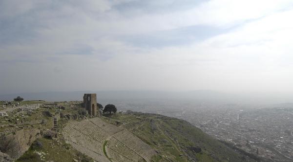 Bergama'da Unesco Dünya Mirası Sevinci
