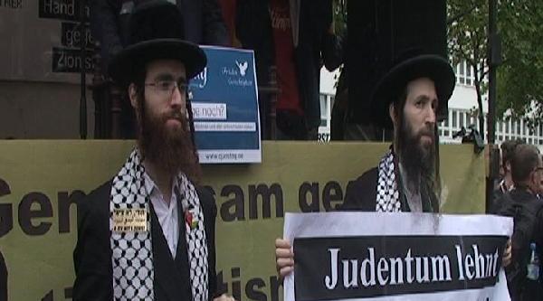 Berlin'de 'küdus Günü' Yürüyüşüne Yahudiler De Destek Verdi