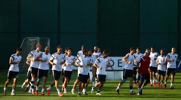 Beşiktaş, Feyenoord Maçına Tam Kadro Hazır