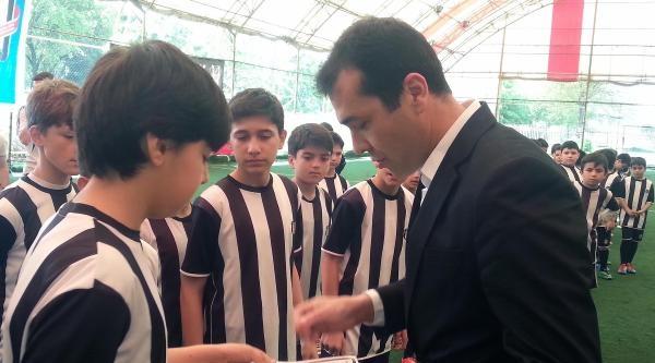Beşiktaş Futbol Okulunun 1'inci Yılı Kutlandı