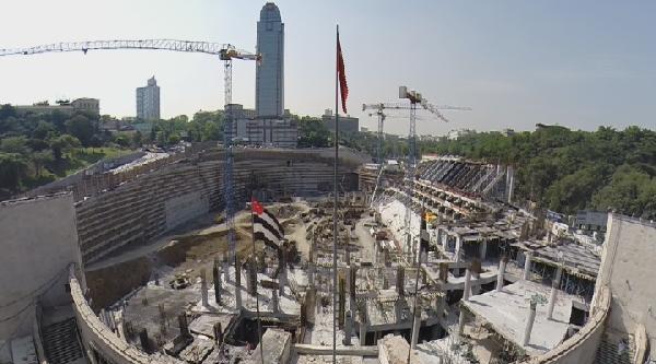 Beşiktaş Vodafone Arena Stadı'nda Çalişmalar Tüm Hızı İle Sürüyor