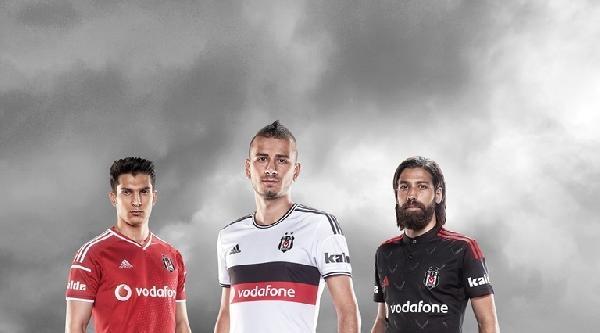 Beşiktaş'ın Yeni Sezon Formaları Satışa Çikti