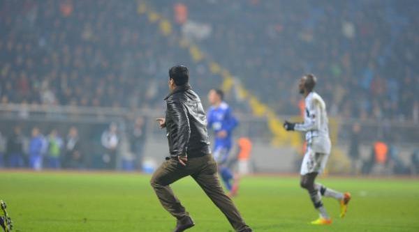 Beşiktaşli Taraftar Fernandes'e Saldirdi!