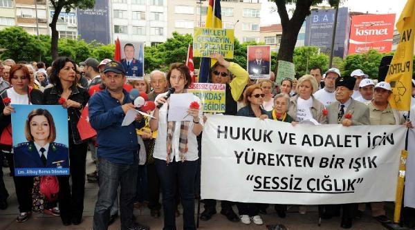Beşiktaş'ta Sessiz Çiğlik Eylemi