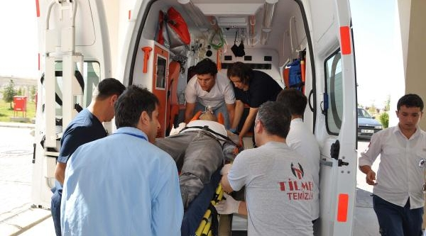 Besni'de Attan Düşen Çiftçi Ağir Yaralandi