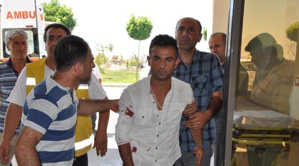 Besni'de Otomobil Devrildi: 6 Yaralı