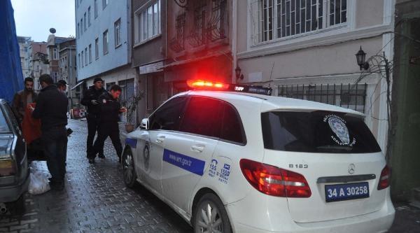 Beyoğlu'nda Cinayet: 2 Ölü