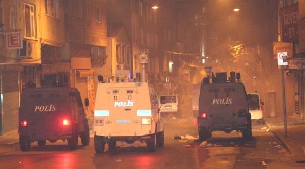 Beyoğlu'nda Polis Müdahalesi