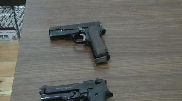 Beyoğlu'nda Silahlı Kavga: 6 Gözaltı
