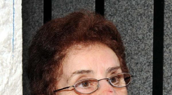 Beyoğlu'nda Yaşlı Kadına Kapkaç Şoku