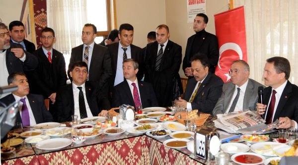 Bik Genel Müdürü Atalay'a, Yerel Gazetecilerden 'ilan' Tepkisi