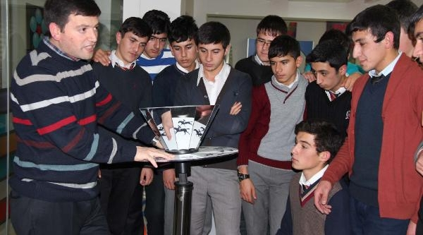 Bilim Ve Kültür Merkezi'ne Dönüştürülen Madimak Oteli'ne 35 Bin Ziyaretçi