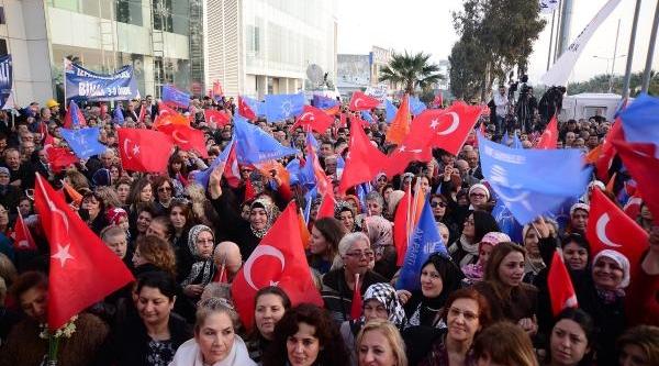 Binali Yildirim Izmir Belediye Başkan Adayi Olarak Seçim Startini Verdi