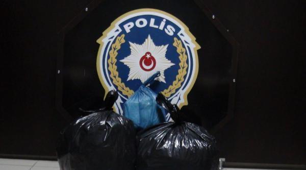 Bingöl'de 15 Kilo Esrar Ele Geçti, 3 Kişi Tutuklandı