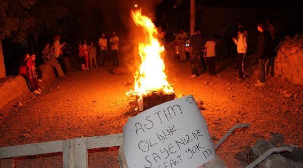 Bingöl'de Mahallelinin Asfalt İsyani