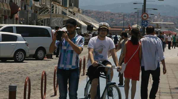 Bisikletçiye Yol Yok
