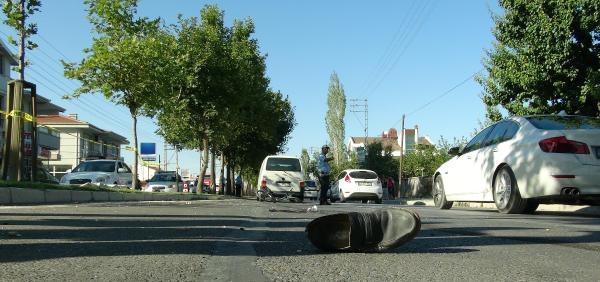 Bisikletiyle Yolun Karşısına Geçmek İsterken Minibüsün Çarpmasi Sonucu Öldü
