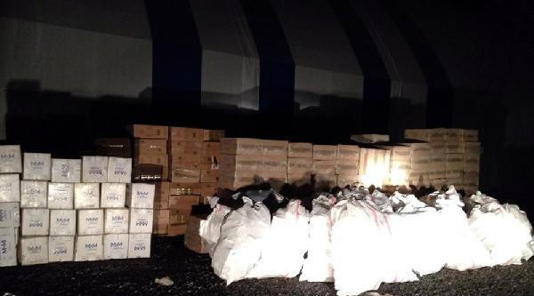 Bitlis'te 445 Adet Cep Telefonu, 155 Bin Paket Kaçak Sigara,  Ele Geçirildi