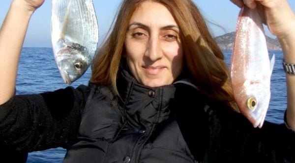 Bodrum'Da Balik Avlama Yarişmasi