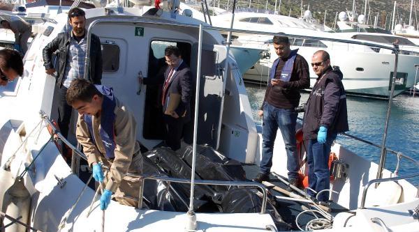 Bodrum'da İçinde Kaçakların Bulunduğu Tekne Battı - Fotoğraflar
