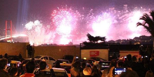 Boğaz'da Görkemli Kutlama