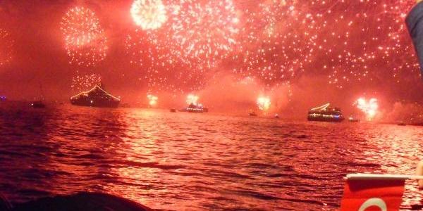 Boğaz'da Görkemli Kutlama (Ek Fotoğraf)