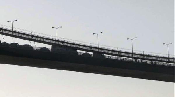 Boğaziçi Köprüsü'nde İntihar Trafiği