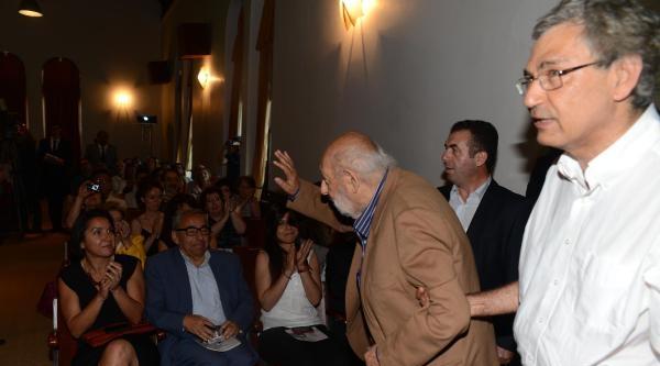 Boğaziçi Üniversitesi'nden Ara Güler'e Fahri Doktora Ünvani