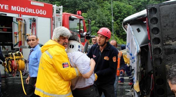Bolu Dağı'nda Otobüs Devrildi: 1 Ölü, 22 Yaralı