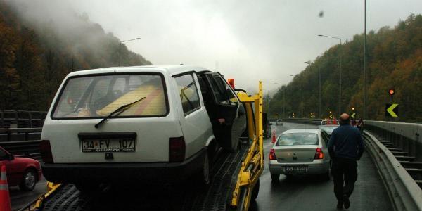 Bolu Daği'nda Zincirleme Kazada 7 Araç Çarpişti 7 Yarali Var