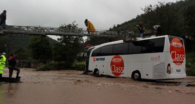 Bolu Zonguldak Karayolu Ulaşıma Kapandı