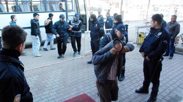 Bolu'da Dolandiricilik Şebekesi Çökertildi