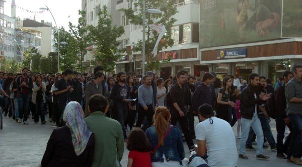 Bolu'da 'uğur Kurt' Protestosu