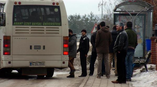 Bolu'da Üniversite Girişinde Öğrencilere Gözalti