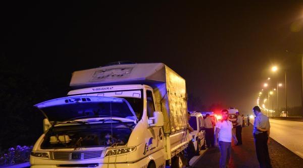 'bomba Yüklü' İhbari Yapılan Araçlarda Kaçak Mazot