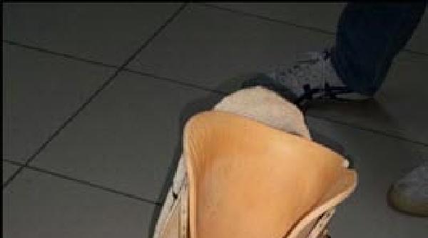 Bonzaiyi Protez Bacağında Gizlemiş