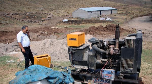 Borcundan Dolayı Elektriği Kesilen Belediye, İçme Suyunu Jeneratörle Pompalıyor