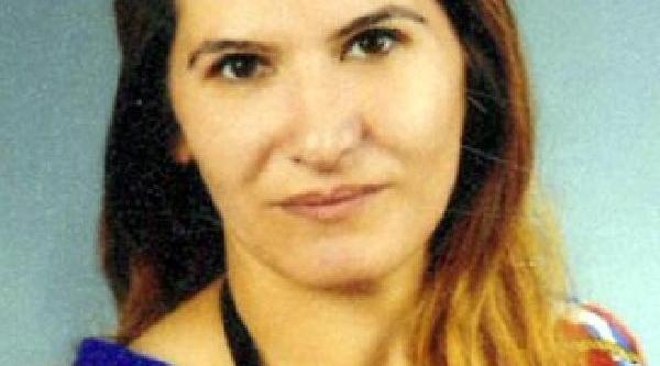 Boşanmak Isteyen Eşini Boğazini Keserek Öldürdü-Ek Fotoğraflar
