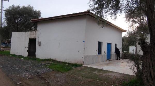 Bozburun'Da Mezbaha Kapandi, Kasaplar Dertli