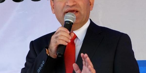 Bozdağ: Türkiye Ihtiyaçlarini Kendi Tercihleri Doğrultusunda Karşilar