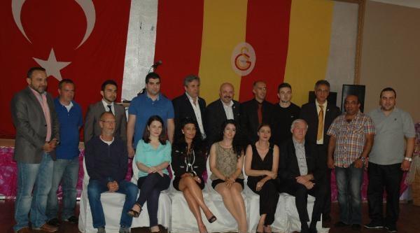 Bremen Galatasaray Taraftarlar Derneği'nden Tatvan'a Eğitim Atağı