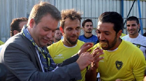Bucaspor Mahmut Boz'un Transferinden Vazgeçti