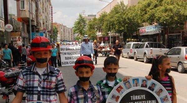 Bükköy'de Ölen Maden İşçilerinin Yakınları Soma İçin Yürüdü