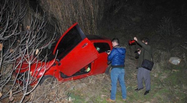 Bunalima Giren Travesti, Otomobilini Uçuruma Sürdü